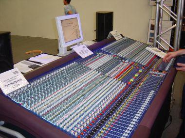 musikmesse 2002 audiofanzine. Black Bedroom Furniture Sets. Home Design Ideas